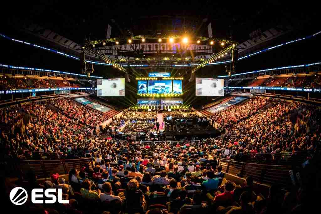 picture of united center during iem chicago