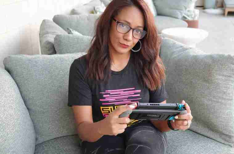 ChicaIntelligente CEO Katrina Jefferson wearing Sugar Gamers tee
